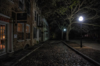 One of the alleyways you'll visit on certain Charleston Ghost Tours
