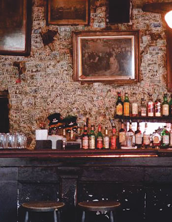 A historic bar in New Orleans where cocktails were invented