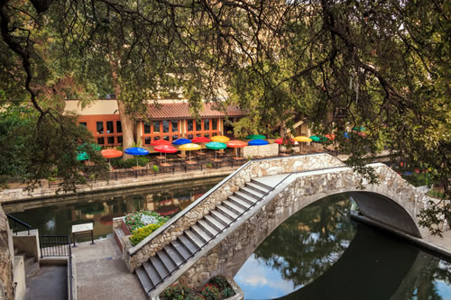 TThe River Walk in San Antonio