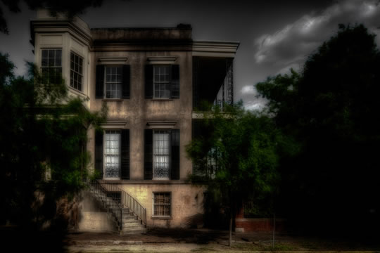 432 Abercorn, one of the houses featured on numerous ghost tours.