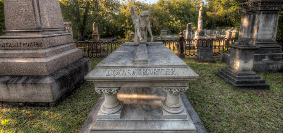 The Louisa Porter angel monument in Laurel Grove Cemetery North
