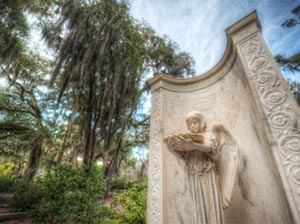 Bonaventure Cemetery, one of the historic cemeteries you can visit in Savannah.